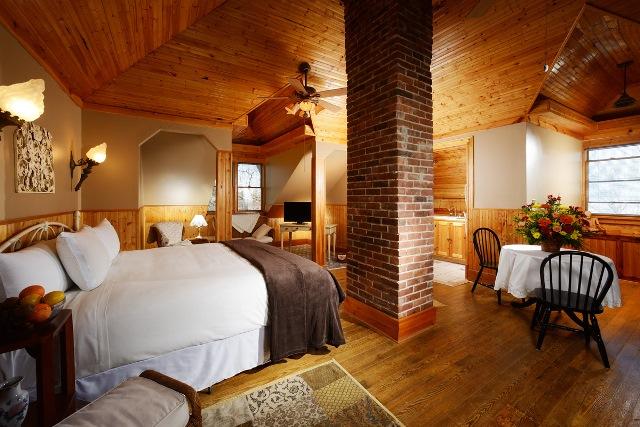 eureka springs lodging manor house crescent hotel