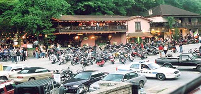 eureka springs motorcycle dining pied piper